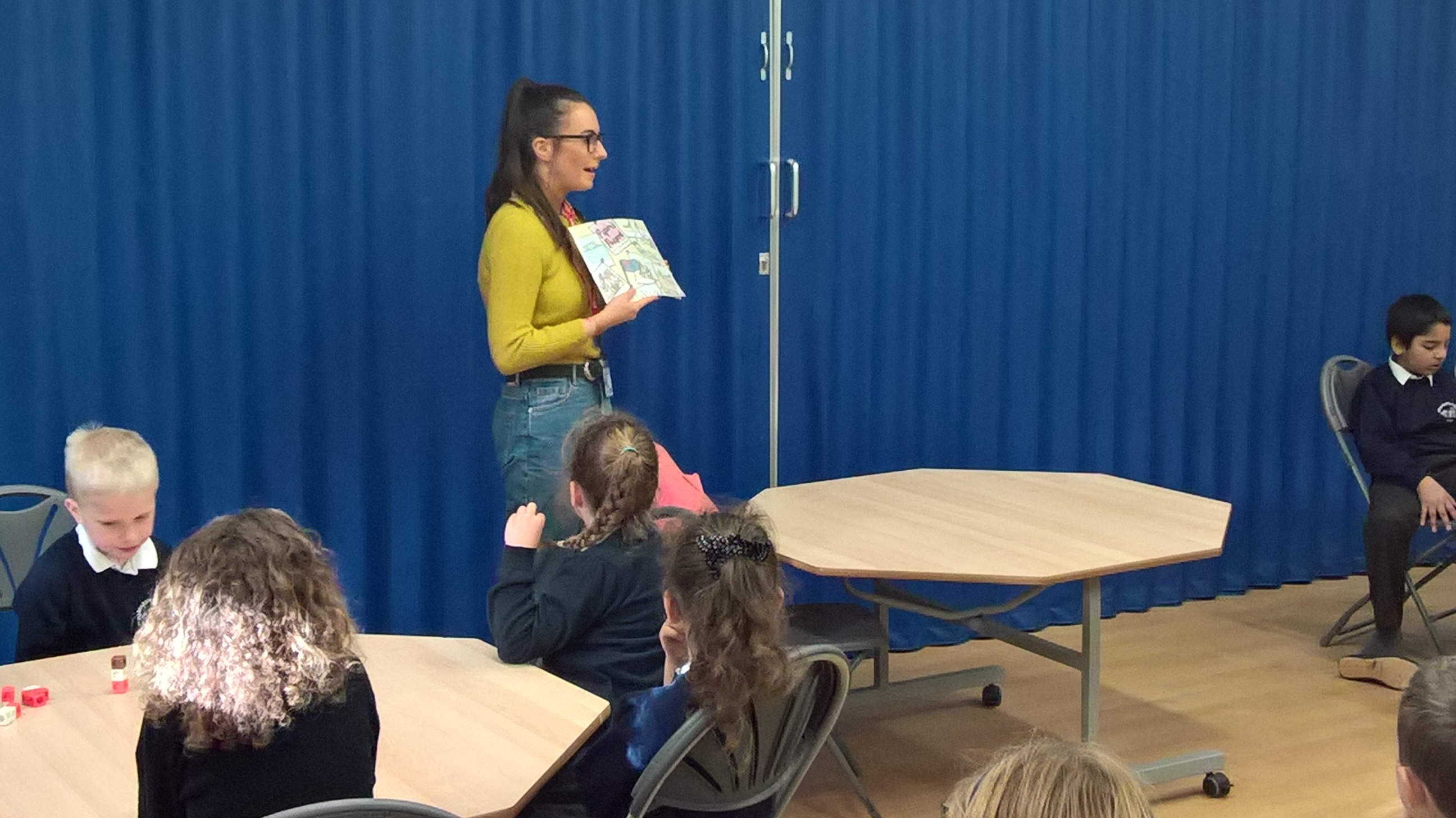 Author Eleanor McKone Visits Year 3